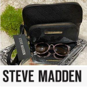 NWT Steve Madden Wristlet